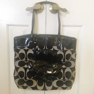 Coach patent leather black/gray tote handbag GUC